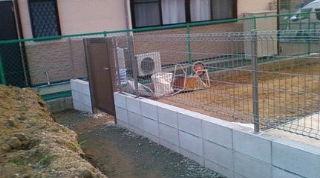 和泉市で外構工事ブロック工